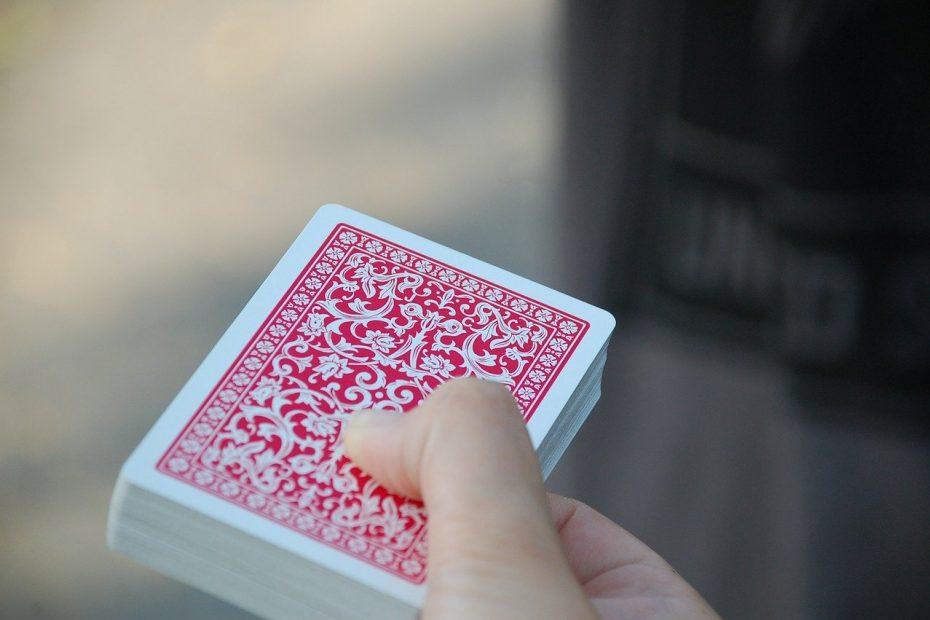 Mr. Green: korttipelien pelaaminen mukavassa peliympäristössä