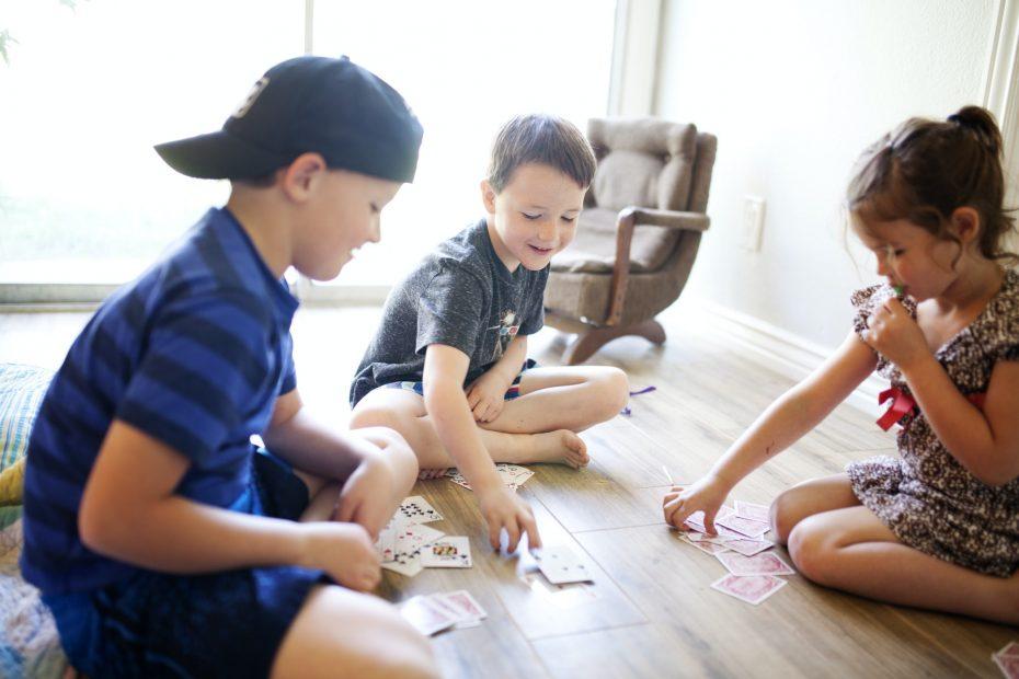 Lasten suosima Seiska korttipeli
